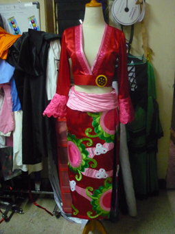 Boa Hancock from One Piece Cosplay Costume front prog